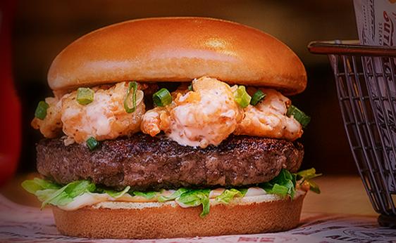 Outback tem burgers inusitados: de veggie a opções com costela e camarões.