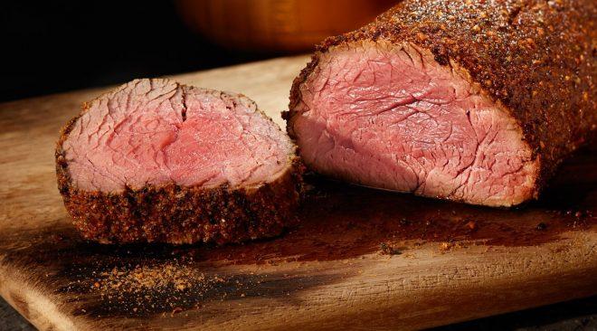 Filet mignon no delivery: saiba como encontrar restaurantes que entregam essa delícia sem perder a maciez e suculência