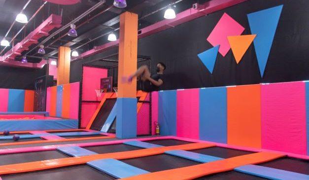 Primeiro parque de trampolim da cidade inaugura no São Gonçalo Shopping
